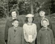 1960 Chrissie O'Riordan, Pat O'riordan, Lilian O'Riordan, Hannah Coffey, Marian O'Riordan.jpg