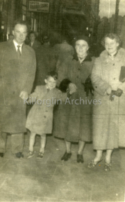 1957 Pat O'Riordan With his Uncle Jimmy, Hannah Coffey and Maura Lynch in Dublin023.jpg